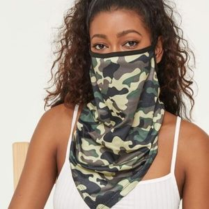 NWT 3/$25🎉 Camo Mask 3-in-1!
